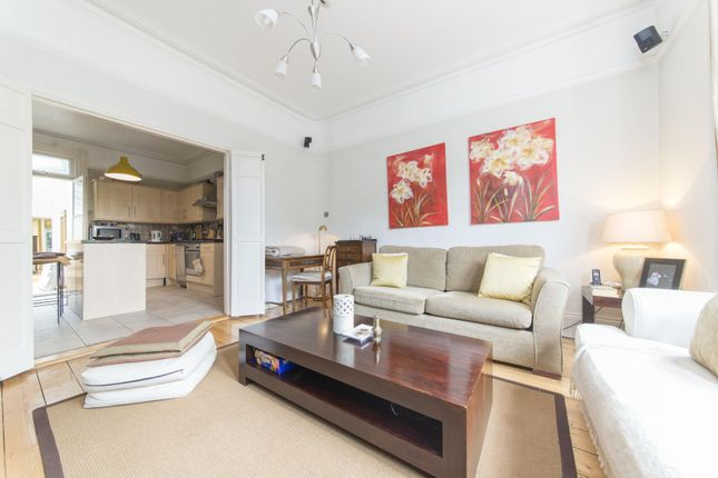 Thumbnail Flat for sale in Wolseley Gardens, Chiswick