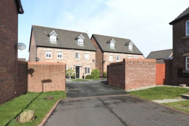 Thumbnail Semi-detached house to rent in Lewis Walk, Littledale, Kirkby