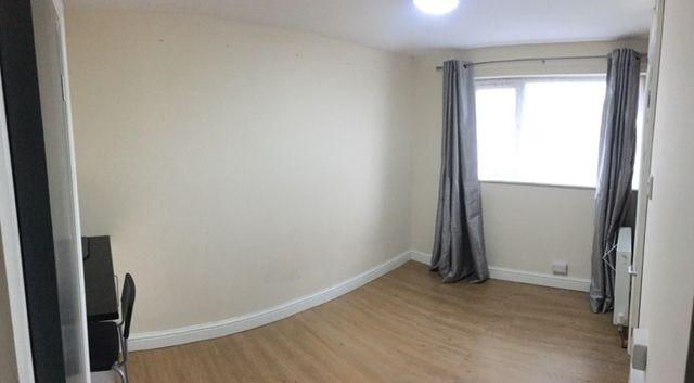 Thumbnail Room to rent in Room 2, Keswick Close, Kirk Hallam