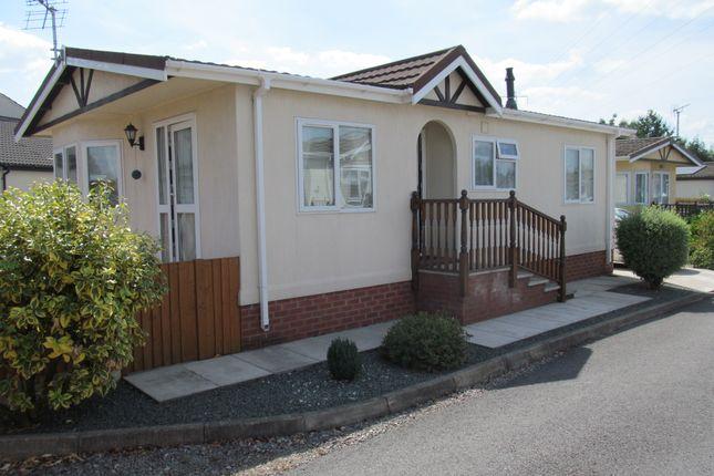 Thumbnail Mobile/park home for sale in Willowbrook Park (Ref 5965), Sandycroft, Deeside, Flintshire, Wales