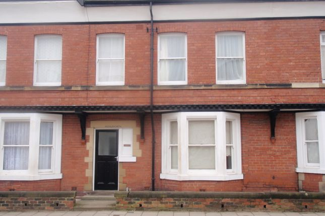 Thumbnail Flat to rent in 30 Gladstone Road, Scarborough