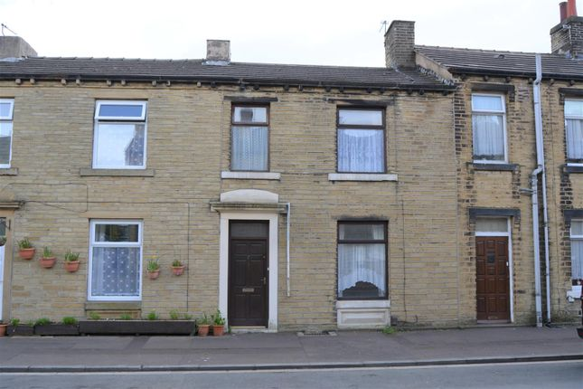 2 bed terraced house for sale in South Street, Paddock, Huddersfield