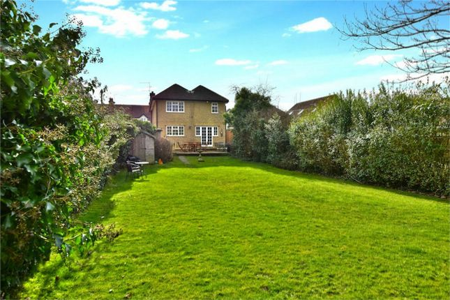 4 bed detached house for sale in Beeches Road, Farnham Common, Buckinghamshire