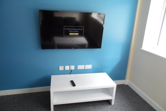Thumbnail Flat to rent in London Road, Leicester