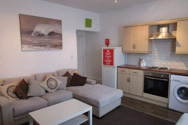 Thumbnail Flat to rent in Tong Road, Armley