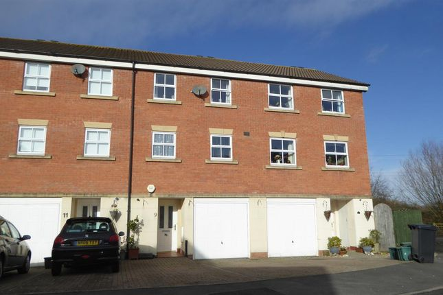 Thumbnail Terraced house to rent in Badgers Way, Weston-Super-Mare