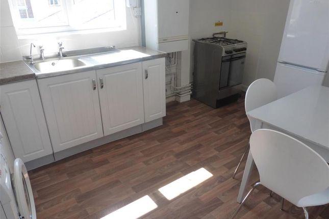 Thumbnail Flat to rent in Moira Street, Loughborough