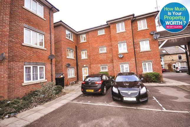 Thumbnail Flat for sale in College Street, Kempston, Bedford, Bedfordshire