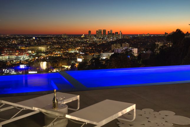 8516 hedges place hollywood hills west los angeles - 5 bedroom house for sale los angeles ...