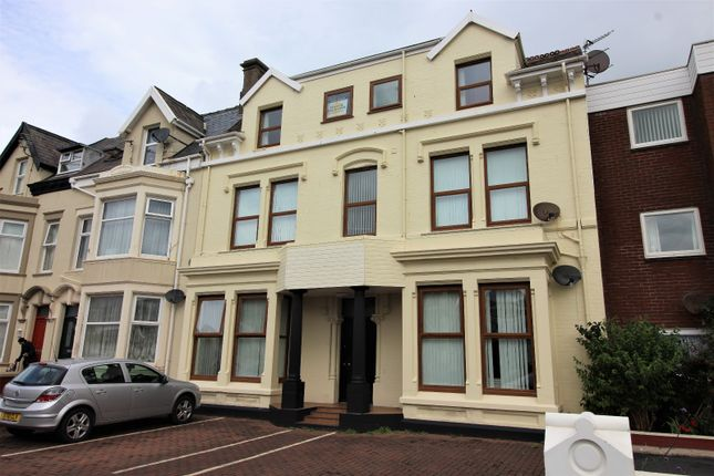 Thumbnail Flat to rent in Dean Street, Blackpool, Lancashire