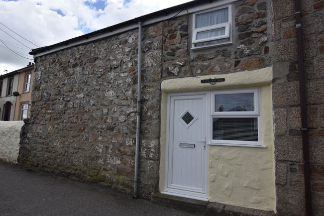 2 bed terraced house to rent in The Cottages, Illogan Highway