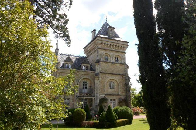 Thumbnail Property for sale in Poitou-Charentes, Deux-Sèvres, Niort