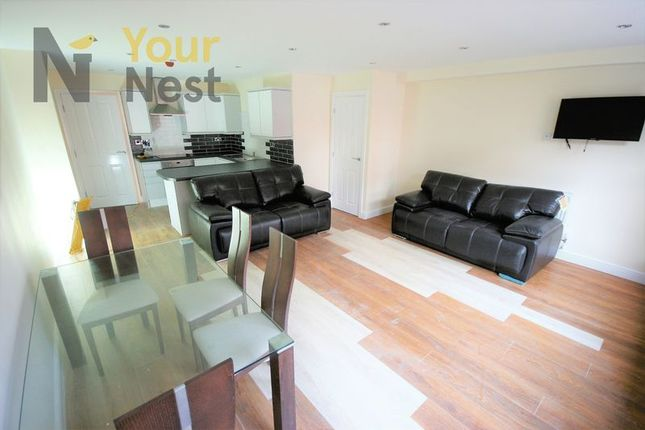 Thumbnail Flat to rent in St Pauls Street, Leeds