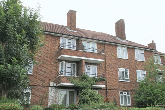 Thumbnail Flat to rent in Redcar Road, Romford