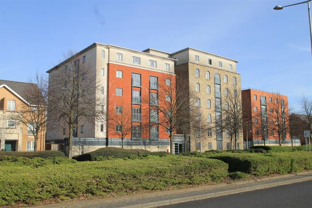 Flat for sale in The Granary, Magretian Place, Cardiff