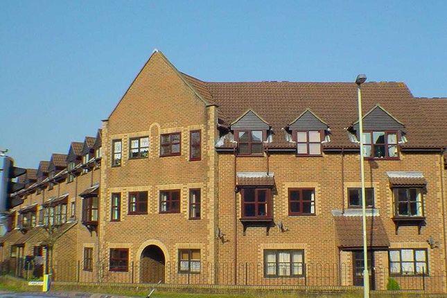 Thumbnail Flat to rent in Chalet Court, Bordon