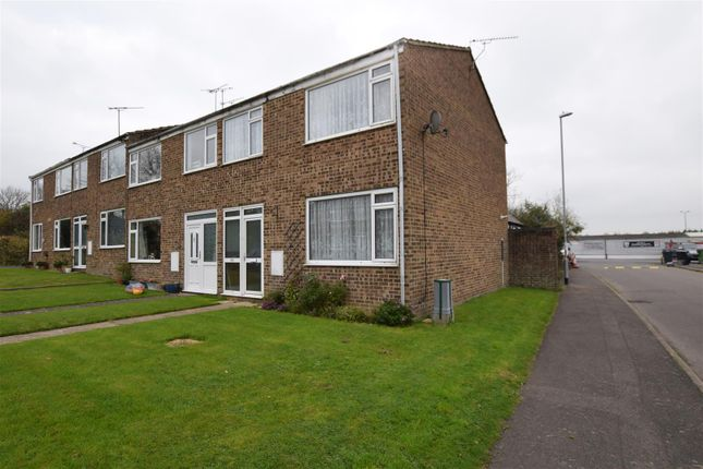 Thumbnail End terrace house to rent in Churchill Way, Brackley