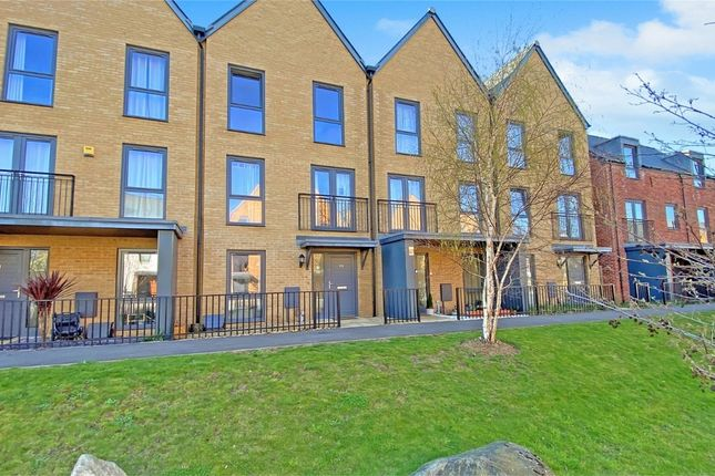 4 bed town house for sale in Churchill Road, Uxbridge UB10