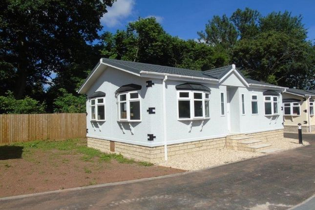 Thumbnail Mobile/park home for sale in Lea Villa Park, Lea, Ross-On-Wye