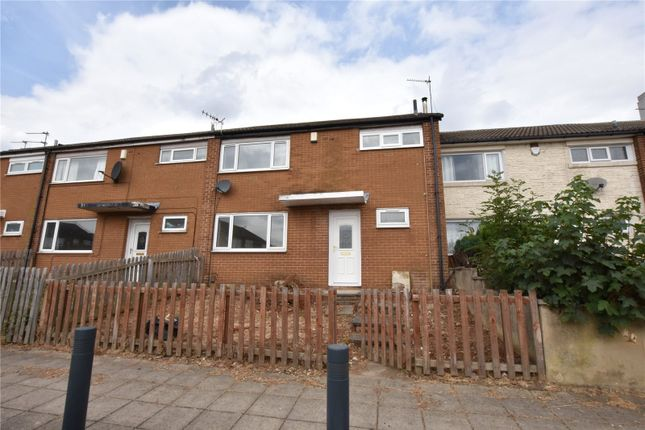 Thumbnail Town house to rent in Sherburn Square, Swarcliffe, Leeds