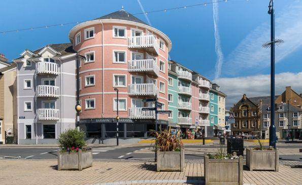 Thumbnail Flat to rent in 26 Llys Y Brenin, Aberystwyth