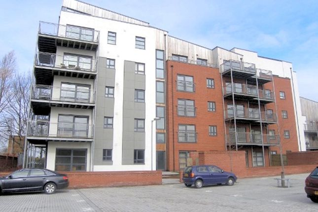 Thumbnail Flat to rent in Montmano Drive, West Didsbury, Didsbury, Manchester