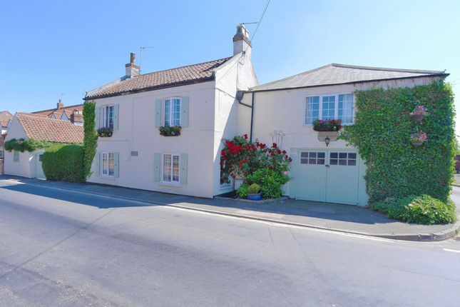 Thumbnail Detached house for sale in Asselby, Goole