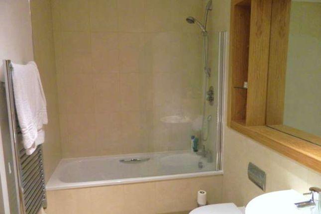 1 bed flat to rent in Marsh Lane, Leeds