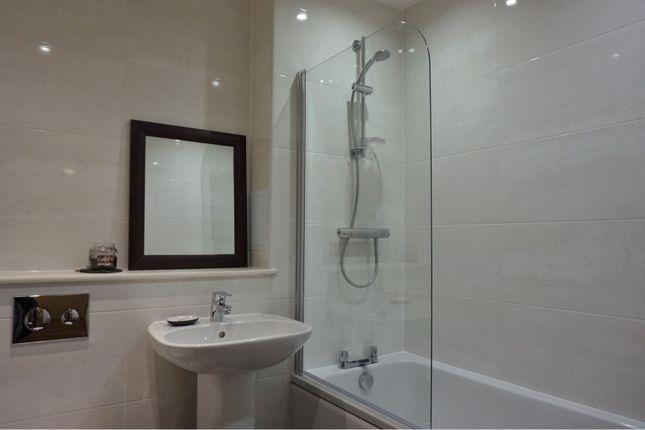Family Bathroom of Oban Terrace, Dundee DD3