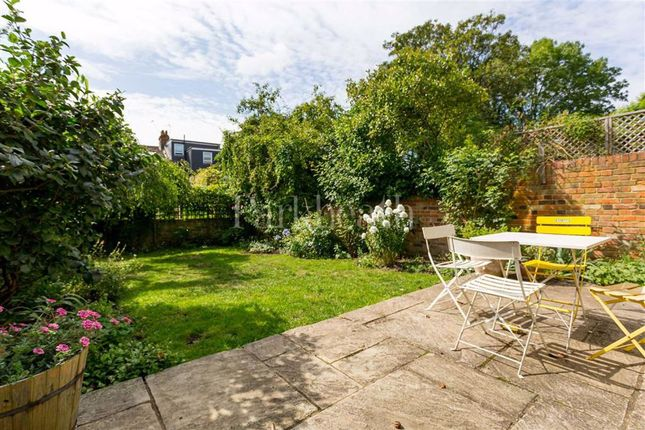Thumbnail Property to rent in Burrows Road, Kensal Rise, London