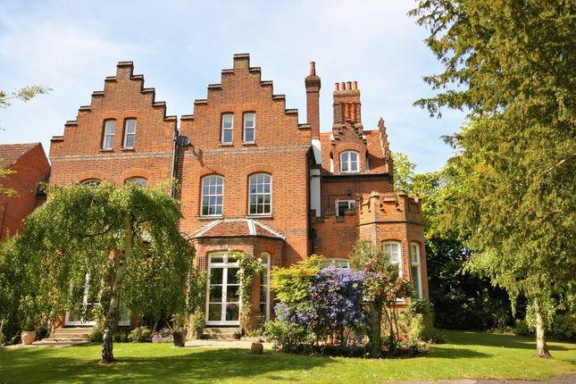 Thumbnail Flat for sale in Abbey Fields, East Hanningfield, Chelmsford