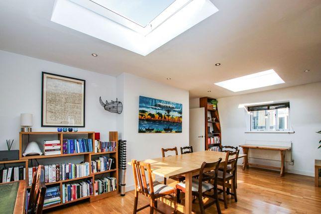 Open Plan Living of Mowll Street, Oval / Brixton SW9