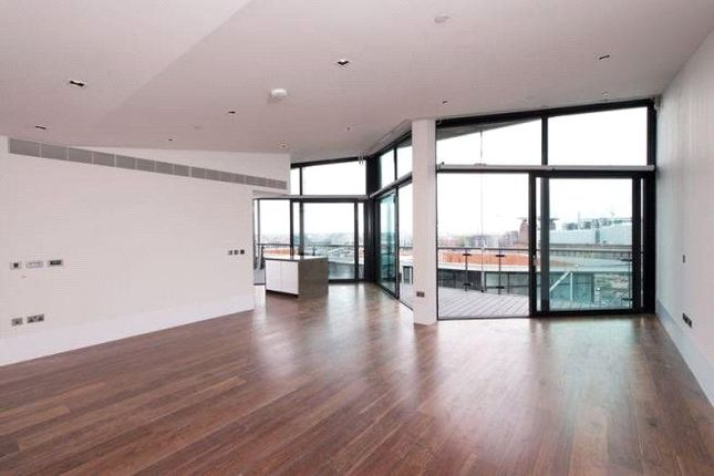 Thumbnail Flat for sale in 4 Riverlight Quay, London