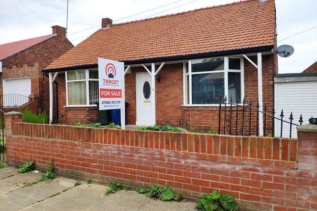 Thumbnail Bungalow for sale in Whinneyfield Road, Walkergate