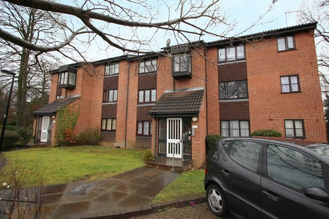 Thumbnail Property for sale in Firbank Close, Enfield
