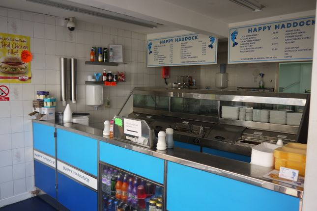 Restaurant/cafe for sale in Fish & Chips HD6, West Yorkshire