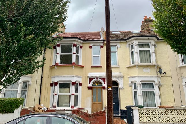 Terraced house in  Westerham Rd  Leyton  London  West London