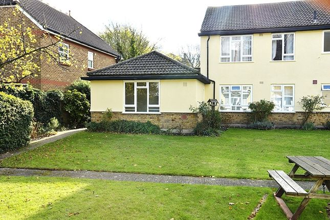 Thumbnail Property to rent in Langton Way, London