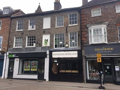 Thumbnail Retail premises for sale in 152 Bartholomew Street, Newbury, Berkshire