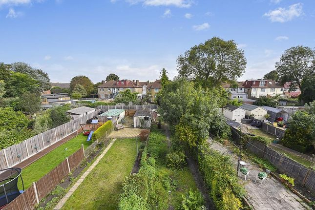 Garden View of Commonside East, Mitcham CR4