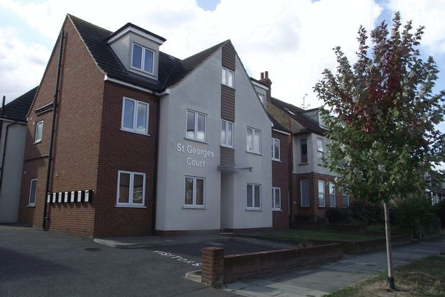Thumbnail Flat for sale in St. Georges Park Avenue, Westcliff-On-Sea