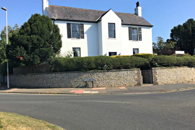 Thumbnail Hotel/guest house for sale in Goring Road, Worthing