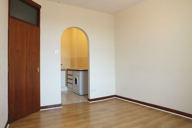 Thumbnail Flat to rent in Chester Street, Wrexham