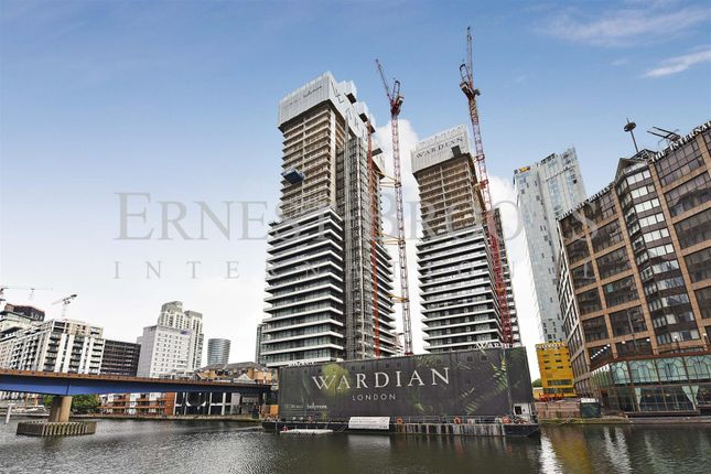 Picture 1 of The Wardian, Marsh Wall, Canary Wharf E14