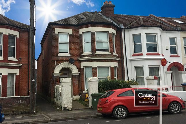 Thumbnail Terraced house to rent in Wilton Avenue, Southampton