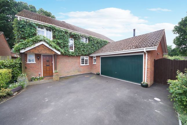 Thumbnail Detached house for sale in Hazel Coppice, Hook