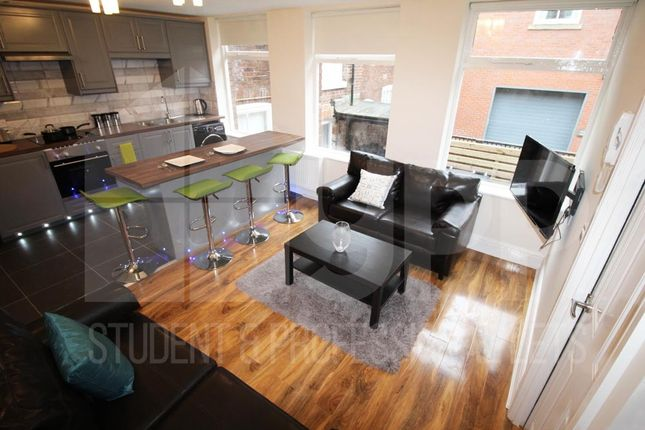 Thumbnail Property to rent in Providence Place, Leeds
