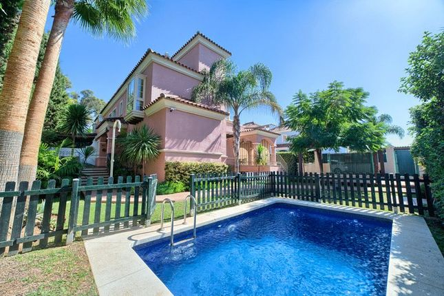 Thumbnail Villa for sale in Puerto Banus, Marbella, Malaga