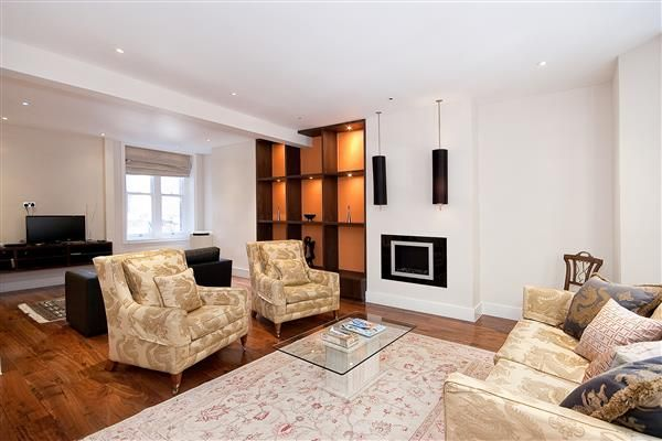 Thumbnail Flat to rent in Draycott Avenue, Chelsea SW3.
