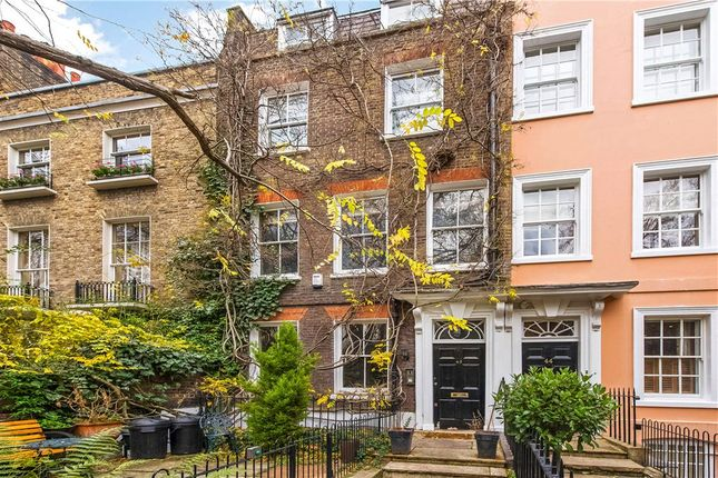 Thumbnail Terraced house for sale in Kensington Square, Kensington, London